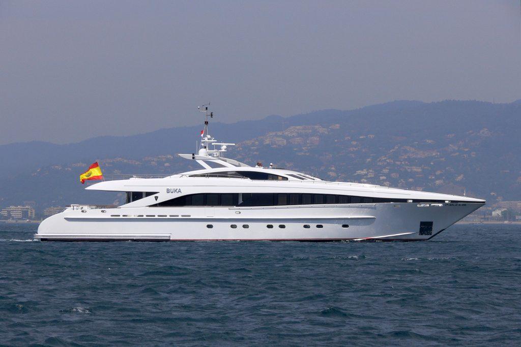 yacht Buka – Heesen – 2006 – Joaquin Folch Rusinol