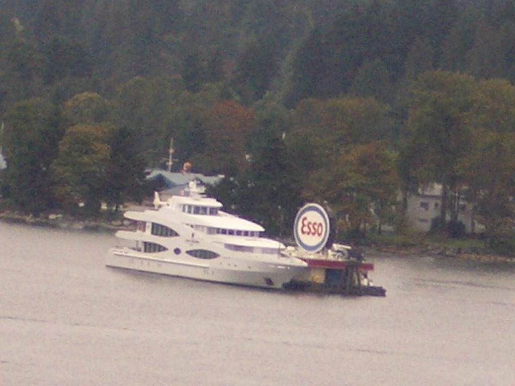 yacht Queen Mavia – 56m – Oceanco