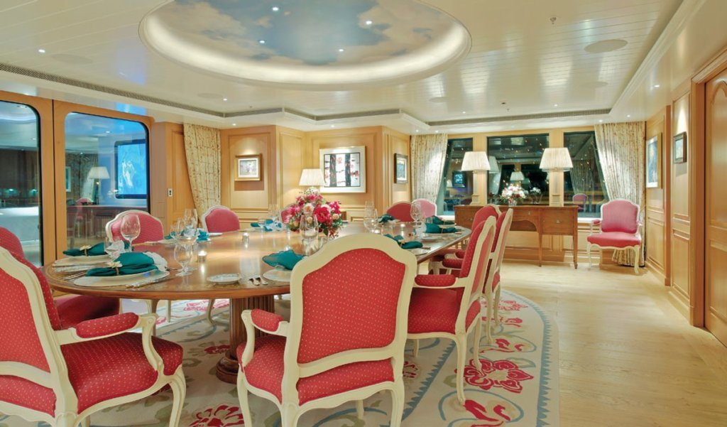 Lurssen yacht Huntress interior