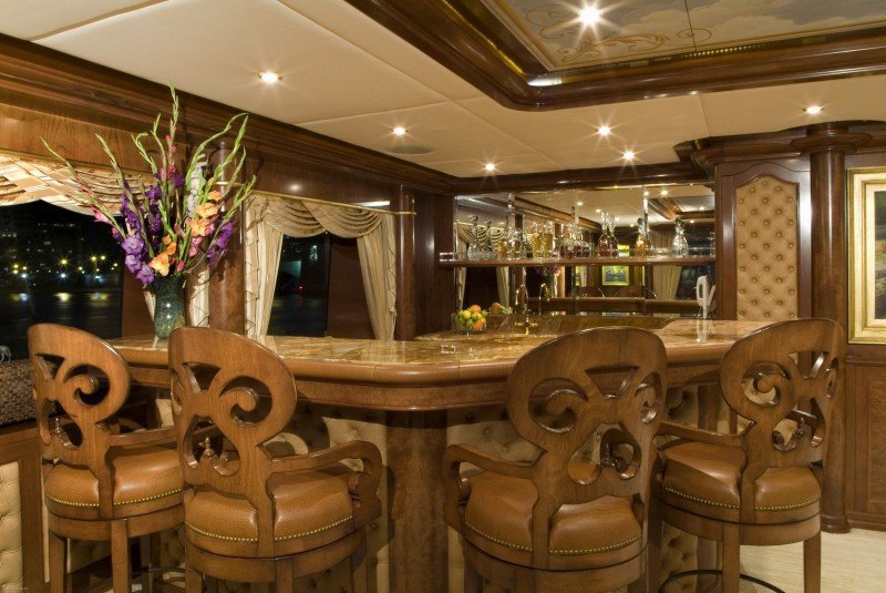 Trinity yacht Aquasition interior