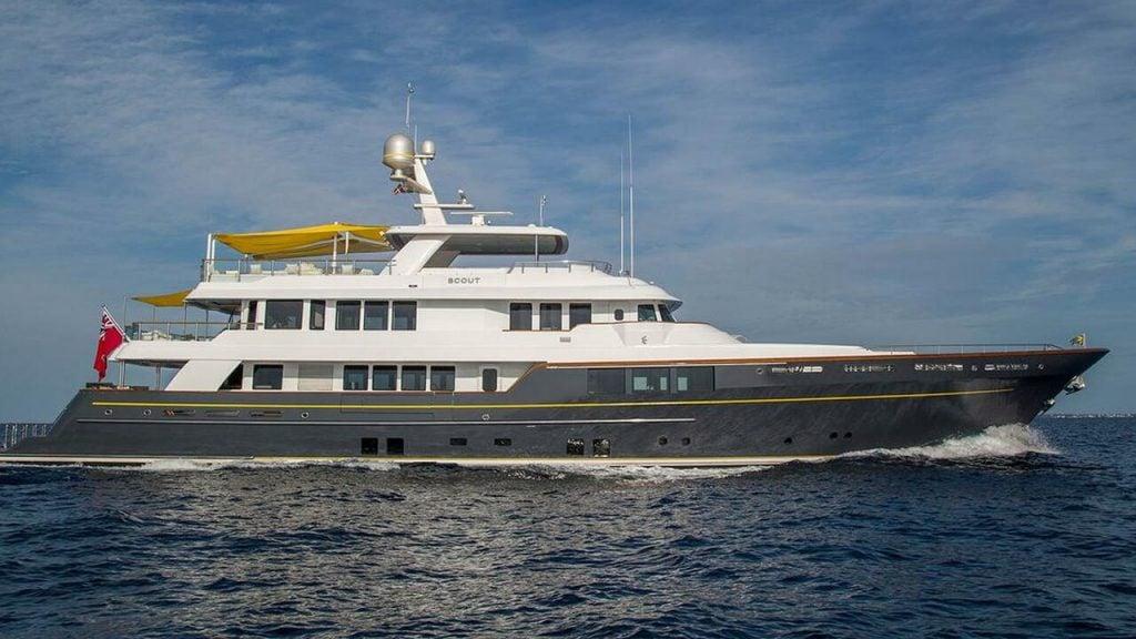 yacht Calliope -  RMK - 2012 - Angus Littlejohn