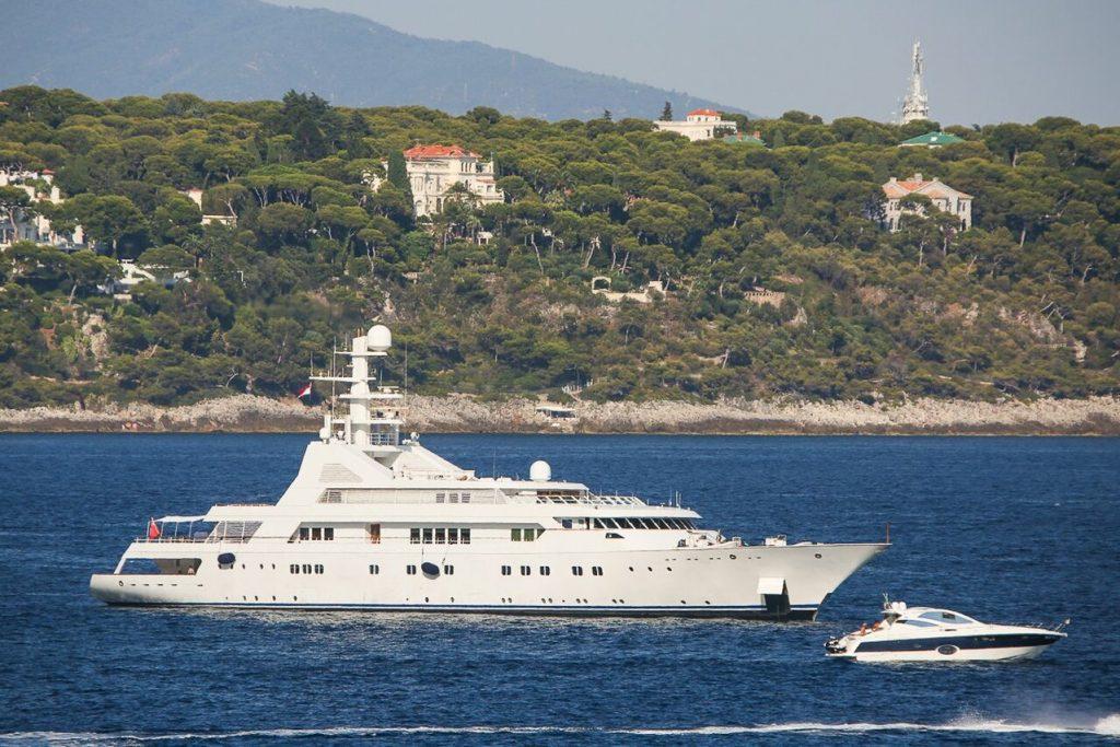 yacht Grand Ocean – 80m – Blohm + Voss - Nidal Karameh