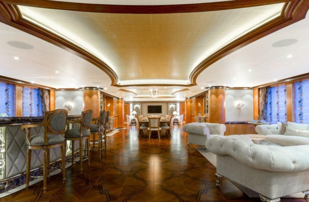 yacht Solandge interior