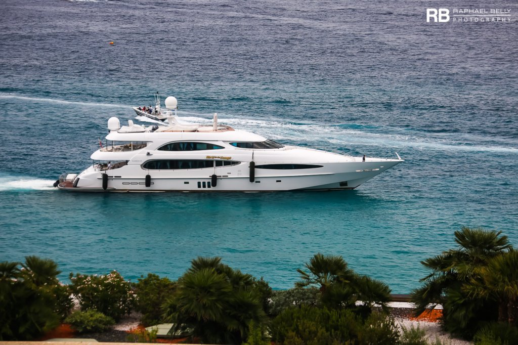 yacht World Is Not Enough – 42m – Millennium – John Staluppi