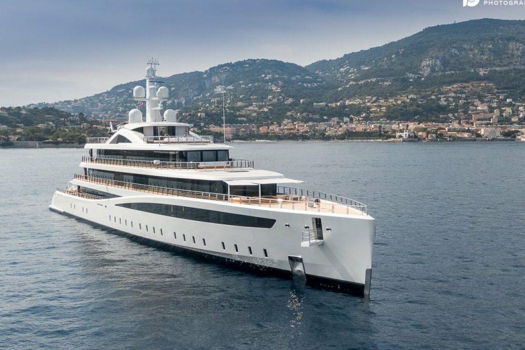 VIVA Yacht • Feadship • 2021